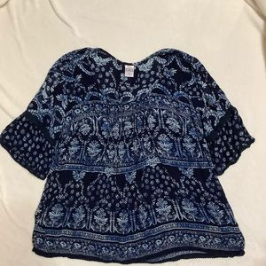 3/$20 Bila medium Women's blouse